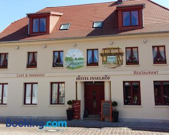Hotel Inselhof - Malchow - Building