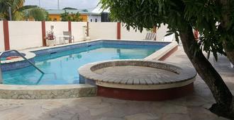 Vip Holiday Resort - Bon Accord Village