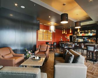 Best Western Sunrise Inn & Suites - Stony Plain - Lounge
