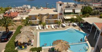 Hotel Aretoysa - Tolo - Bể bơi