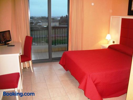 Hotel Cortese - Pomezia - Bedroom