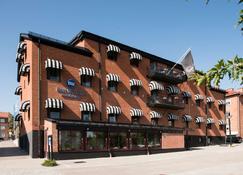 Best Western Hotell Hudik - Hudiksvall - Edificio