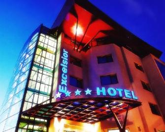 Excelsior - Timisoara - Edificio
