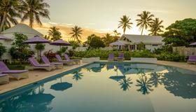 Tamanu on the Beach - Port Vila - Pool