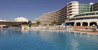 Hotel Apartamento Paraiso De Albufeira - Albufeira - Svømmebasseng