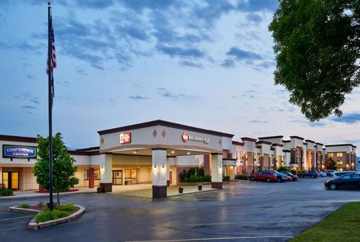 貝斯特韋斯特密爾沃基機場會議中心酒店 - 密爾瓦基 - 密爾沃基 - 建築