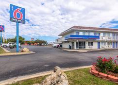 Motel 6 Ardmore - Ardmore - Edifício