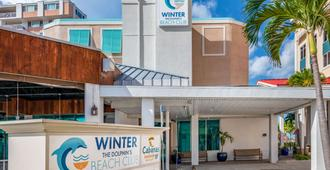 Winter the Dolphins Beach Club Ascend Hotel Collection - Clearwater Beach - Gebäude
