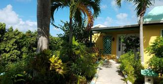 Carringtons Inn - Christiansted