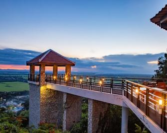 Victoria Nui Sam Lodge - Chau Doc - Balcony
