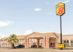 Super 8 by Wyndham Deming NM - Deming - Building