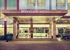 Mercure Pontianak City Center - Pontianak - Gebäude