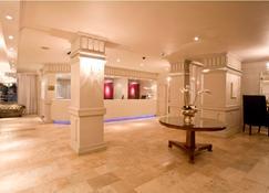 Manhattan Hotel - Pretoria - Recepción