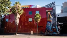 Base Backpackers Melbourne Hostel - Melbourne - Building