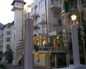 Soder Hotel - Santa Cruz do Sul - Gebouw