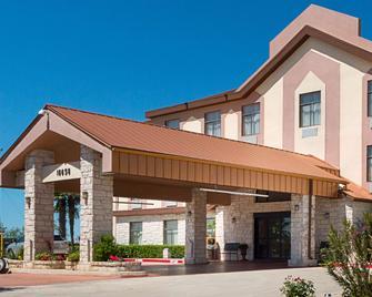 Quality Inn & Suites - Kyle - Gebouw