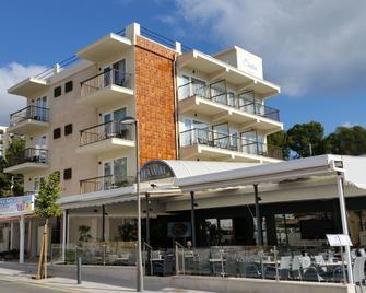 Hotel Creta Paguera - Làng Calvia - Toà nhà