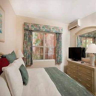 Pompano Beach Club - Southampton - Bedroom