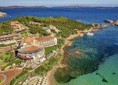 Club Hotel Baja Sardinia - Arzachena - Θέα στην ύπαιθρο