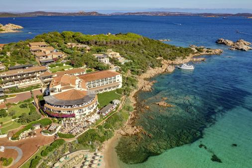 Club Hotel Baja Sardinia - Arzachena