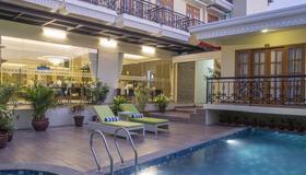 馬里奧波羅普瑞瑪英飯店 - 日惹 - 游泳池