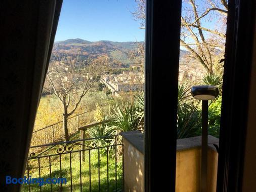 Hotel Gattapone - Spoleto - Balcony