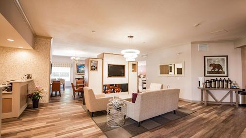 Best Western Mountainview Inn - Golden - Lobby