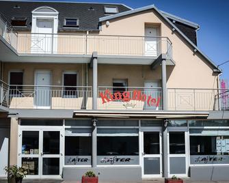 King Hôtel To Hotel Eisenhower - Port-en-Bessin-Huppain - Building