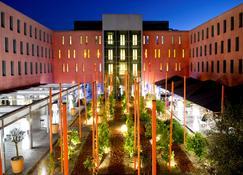 Radisson Blu Hotel, Toulouse Airport - Blagnac - Gebäude
