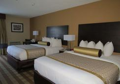 Best Western Cape Cod Hotel - Хайянис - Спальня