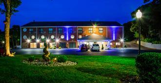 โรงแรมเบสท์เวสเทิร์น เคปค็อด - ไฮยานนิส