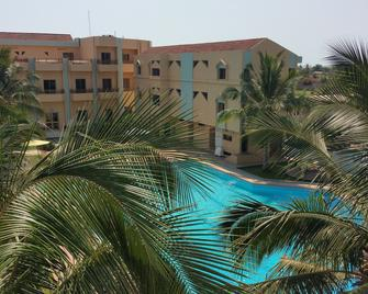 Hotel Ghis Palace - Lomé - Pool