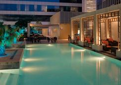 The H Hotel, Dubai - Dubai - Pool