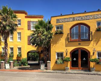 Andrew Pinckney Inn - Charleston - Building