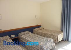Hotel Roma Reial - Barcelona - Bedroom