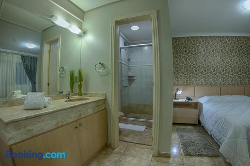 B Flat V - Porto Alegre - Phòng tắm