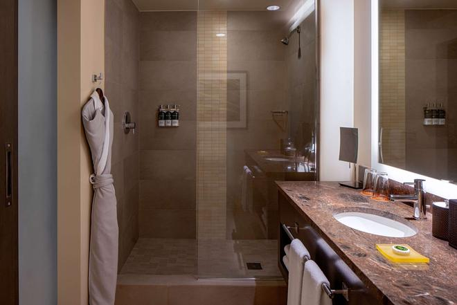 Hyatt at Olive 8 - Seattle - Bathroom