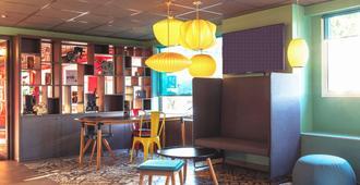 Ibis Styles Lyon Confluence - Lyon - Lounge