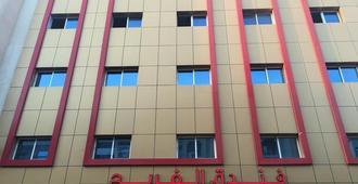 Al Farej Hotel - Дубай - Здание