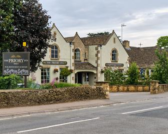 The Priory Inn Tetbury - Tetbury - Building