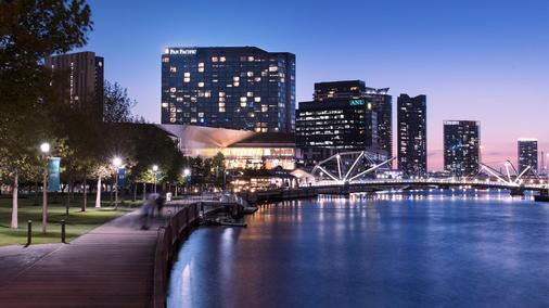 墨爾本南碼頭希爾頓酒店 - 墨爾本 - 建築