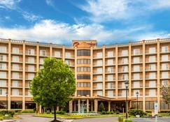 Clarion Hotel Philadelphia International Airport - Essington - Edificio