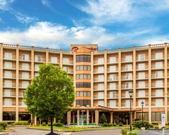 Clarion Hotel Philadelphia International Airport - Essington - Gebäude