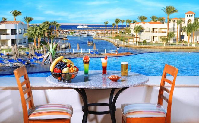 Dana Beach Resort (Families & Couples Only) - Hurghada - Pool