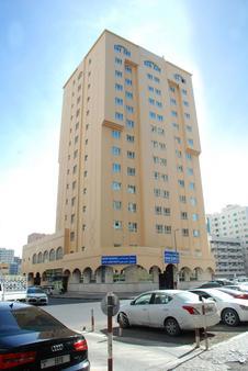 Basma Residence Hotel Apartments - Sharjah - Building