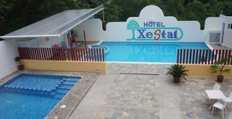 Hotel Xestal - La Crucecita
