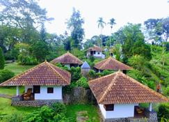 Ecolodge Seloliman - Trawas - Schlafzimmer