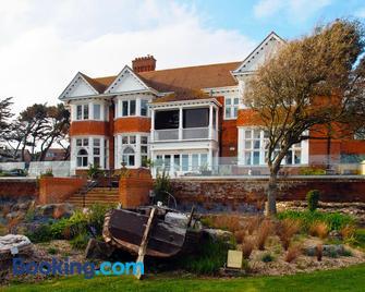 The Beach House - Lymington - Building
