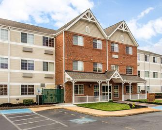 MainStay Suites Greenville Airport - Greer - Building