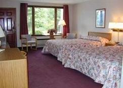 Highland Manor Inn - Townsend - Bedroom